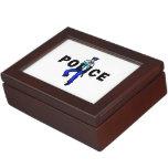 Logotipo de la acción policial cajas de recuerdos