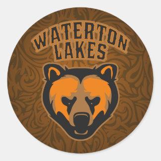 Logotipo de la cara del oso de los lagos Waterton Pegatina Redonda