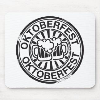 Logotipo de la cerveza de Oktoberfest Tapetes De Raton