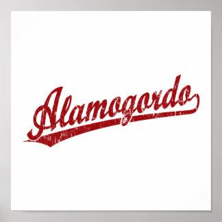 Logotipo de la escritura de Alamogordo en rojo Poster