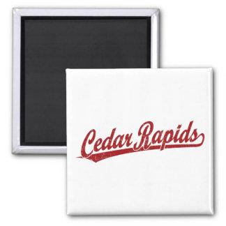 Logotipo de la escritura de Cedar Rapids en rojo Imán Para Frigorífico