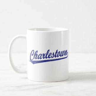 Logotipo de la escritura de Charlestown en azul Taza Básica Blanca