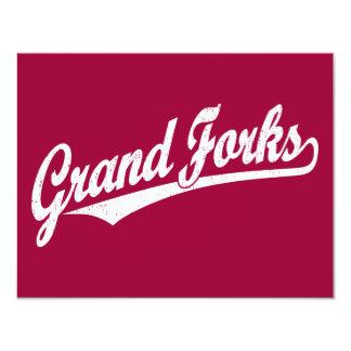 """Logotipo de la escritura de Grand Forks en el Invitación 4.25"""" X 5.5"""""""