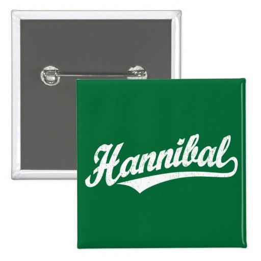 Logotipo de la escritura de Hannibal en el blanco  Pin Cuadrada 5 Cm