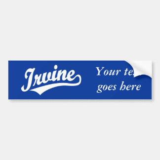 Logotipo de la escritura de Irvine en blanco Etiqueta De Parachoque