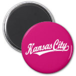 Logotipo de la escritura de Kansas City en blanco Iman