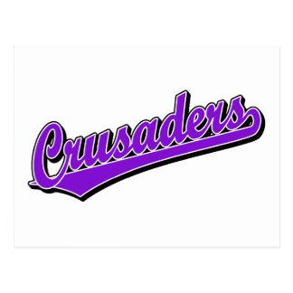 Logotipo de la escritura de los cruzados en púrpur postal