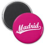 Logotipo de la escritura de Madrid en el blanco ap Imán De Nevera