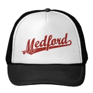 Logotipo de la escritura de Medford en el rojo ape Gorra