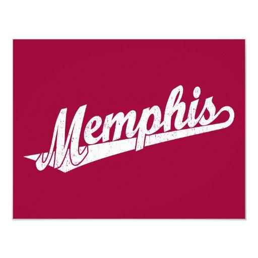 Logotipo de la escritura de Memphis en el blanco Comunicados Personales