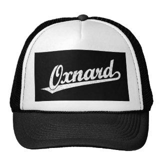 Logotipo de la escritura de Oxnard en el blanco ap Gorras