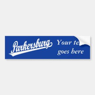 Logotipo de la escritura de Parkersburg en blanco Etiqueta De Parachoque