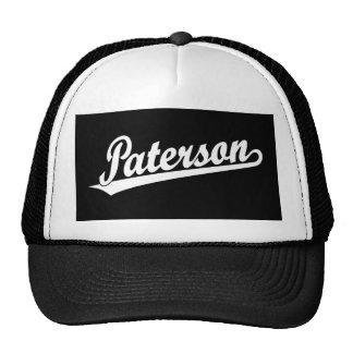 Logotipo de la escritura de Paterson en blanco Gorras De Camionero