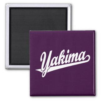 Logotipo de la escritura de Yakima en blanco Imán Cuadrado