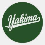 Logotipo de la escritura de Yakima en el blanco ap Pegatina Redonda