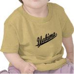 Logotipo de la escritura de Yakima en negro Camisetas