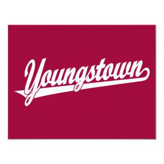 Logotipo de la escritura de Youngstown en blanco Invitación 10,8 X 13,9 Cm