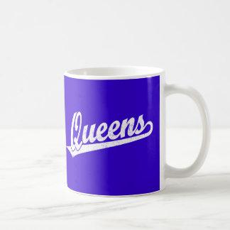 Logotipo de la escritura del Queens en el blanco Taza De Café