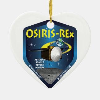 Logotipo de la misión de OSIRIS REx Adorno Navideño De Cerámica En Forma De Corazón