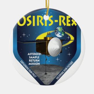 Logotipo de la misión de OSIRIS REx Adorno Navideño Redondo De Cerámica