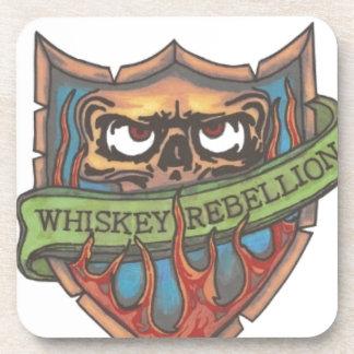 logotipo de la rebelión del whisky posavasos de bebida