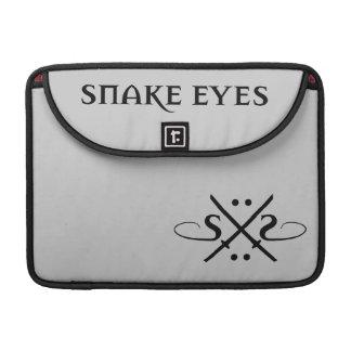 Logotipo de los ojos de serpiente funda para macbook pro