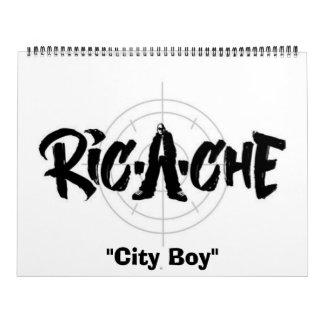 """Logotipo de Ric-a-che, """"muchacho de ciudad """" Calendarios"""