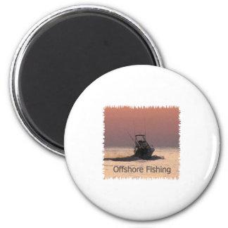 Logotipo del barco de la pesca en alta mar iman para frigorífico