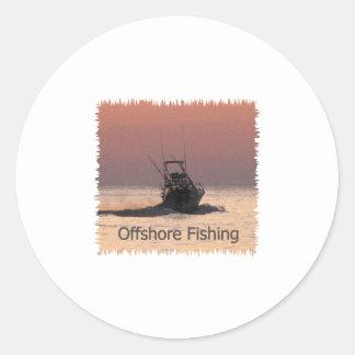 Logotipo del barco de la pesca en alta mar pegatinas redondas