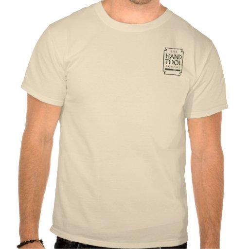 Logotipo del bolsillo de la escuela de la herramie camiseta