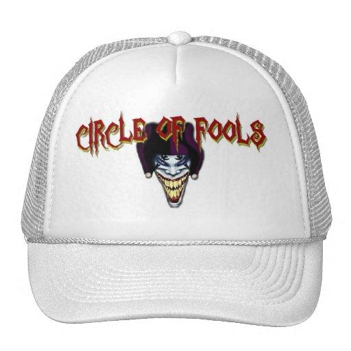 Logotipo del bufón con el gorra del texto