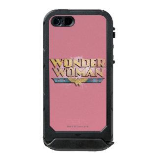 Logotipo del lápiz de la Mujer Maravilla Carcasa De Iphone 5 Incipio Atlas Id