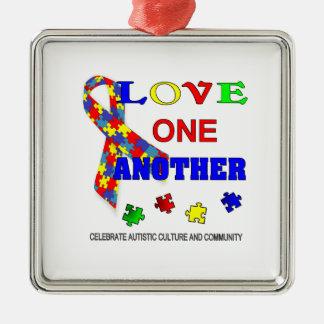 Logotipo del mes de la conciencia del autismo adorno navideño cuadrado de metal