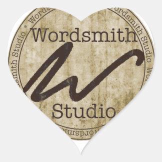 Logotipo del moreno pegatina en forma de corazón