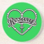 Logotipo del negro del corazón del rosario en gota posavasos cerveza