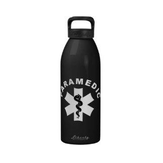 Logotipo del paramédico el ccsme botellas de beber