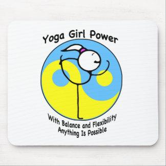 Logotipo del poder del chica de la yoga tapete de ratones