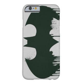 Logotipo del símbolo el   Spraypaint de Batman Funda De iPhone 6 Barely There