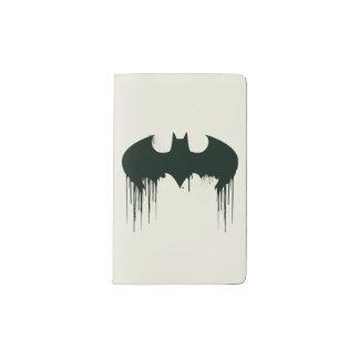 Logotipo del símbolo el   Spraypaint de Batman Funda Para Libreta Y Libreta Pequeña Moleskine