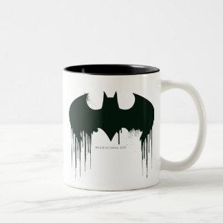 Logotipo del símbolo el | Spraypaint de Batman Taza De Dos Tonos