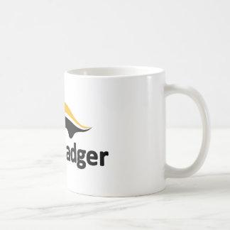 Logotipo del tejón de miel tazas