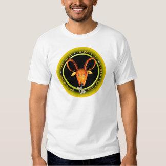 Logotipo del zodiaco del Capricornio de Valxart Playera