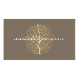 Logotipo elegante de la hoja de oro en de color tarjetas de visita