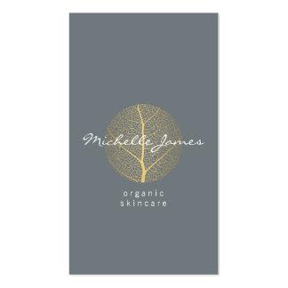 Logotipo elegante de la hoja de oro en vertical de tarjetas de visita