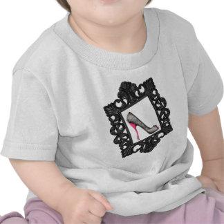 Logotipo enmarcado del estilete del reptil camiseta