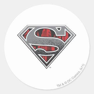 Logotipo gris y ciudad roja pegatina redonda