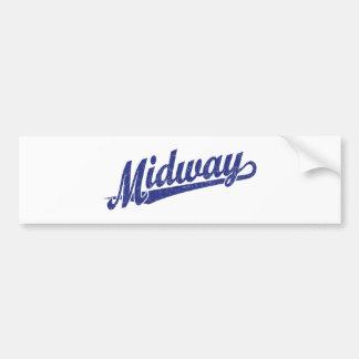 Logotipo intermediario de la escritura en el azul etiqueta de parachoque