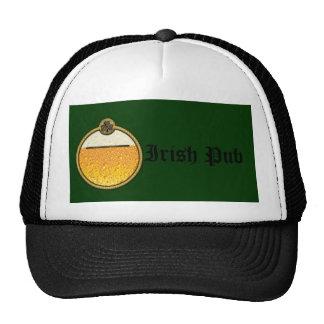 Logotipo irlandés elegante de la cerveza del Pub Gorro De Camionero