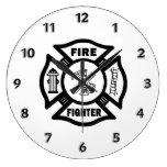 Logotipo maltés del bombero relojes de pared