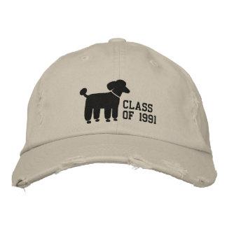 Logotipo negro del perro de caniche con el texto y gorras de beisbol bordadas